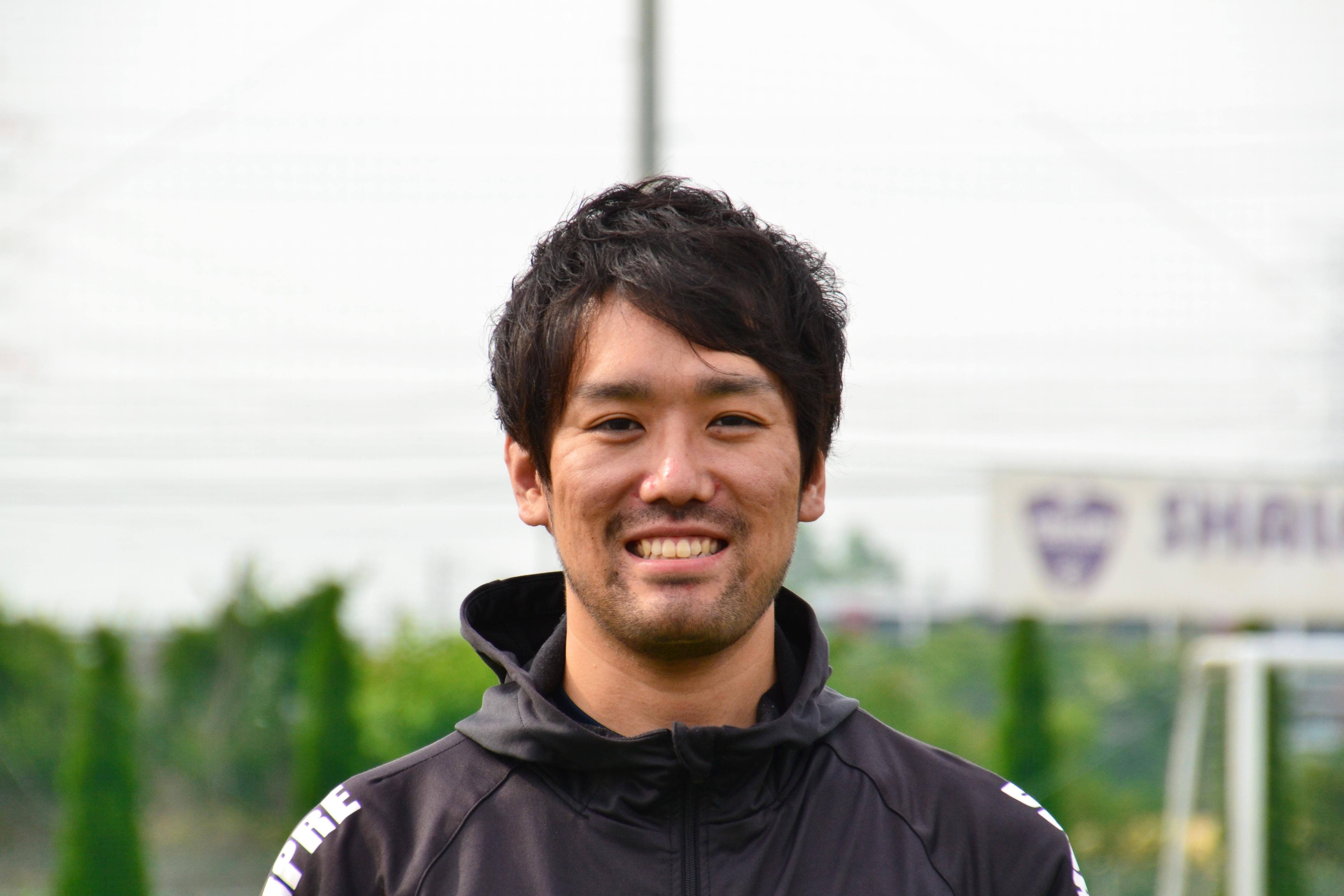 鈴木 新コーチの写真
